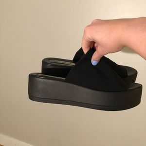 Steve Madden slinky platform sandals